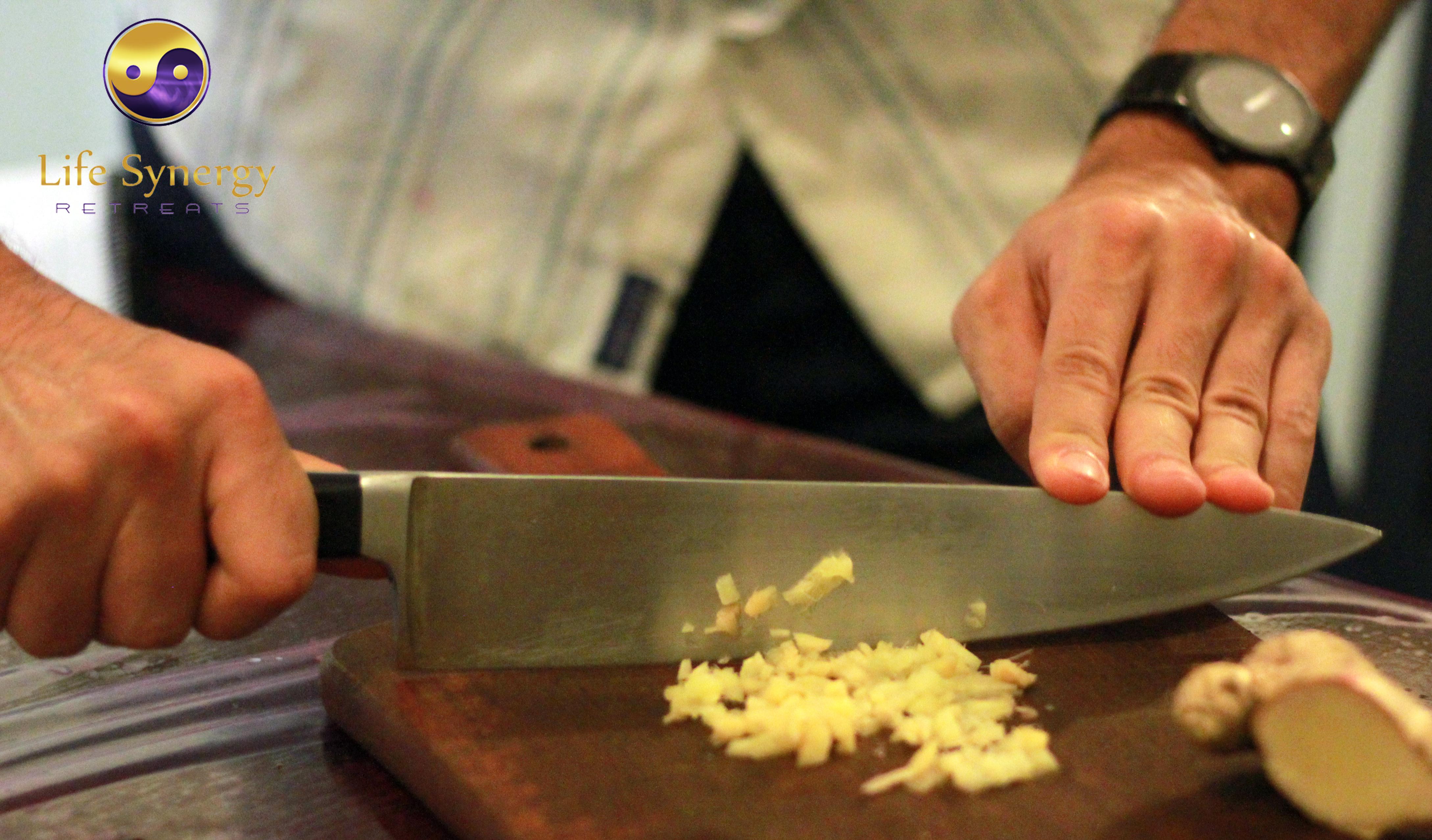 Safe way to cut ginger